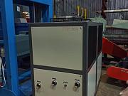 Чиллер для охлаждения воды хладопроизводительность на 45 кВт/ч Липецк